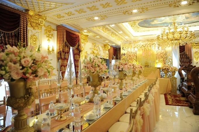 VZN News: Những đám cưới xa hoa, dát đầy vàng của con đại gia Việt-3
