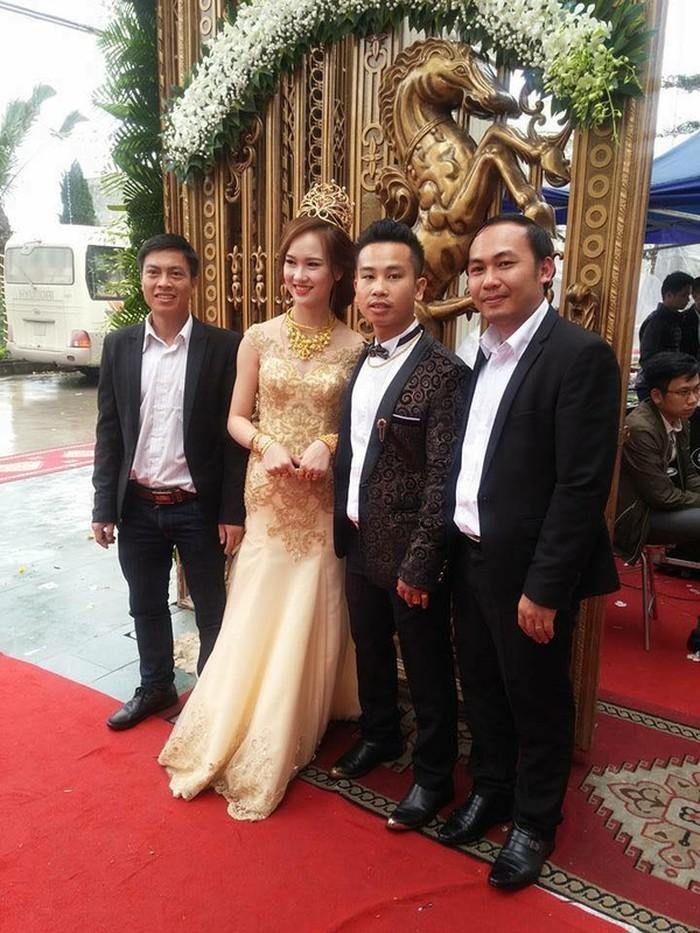 Những đám cưới xa hoa, dát đầy vàng của con đại gia Việt-8
