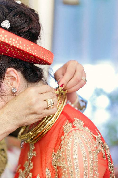 Những đám cưới xa hoa, dát đầy vàng của con đại gia Việt-10