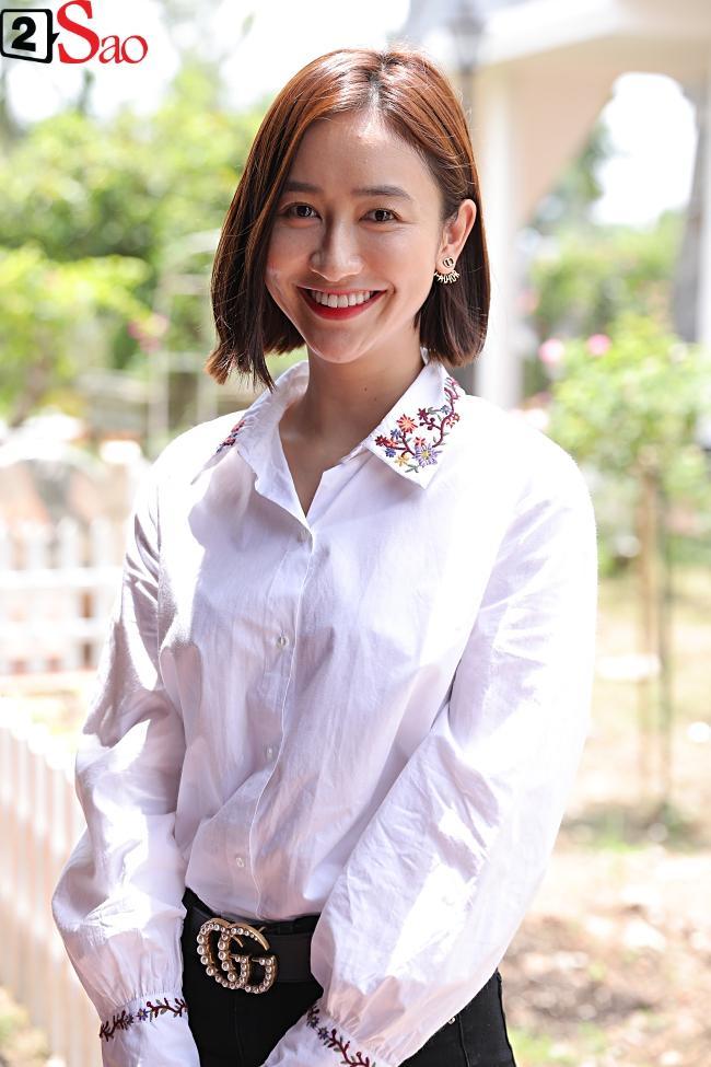 VZN News: Trấn Thành, Hồ Ngọc Hà và dàn sao Việt tấp nập dâng hương tại nhà thờ Tổ của Hoài Linh-12