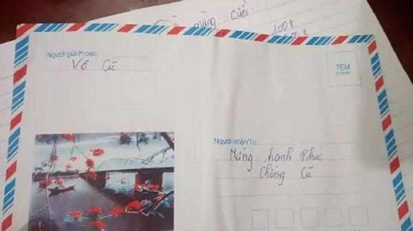 Người yêu cũ gửi hẳn phong bì cưới ảnh thẻ để nhận diện khuôn mặt khiến cô dâu bất ngờ-2