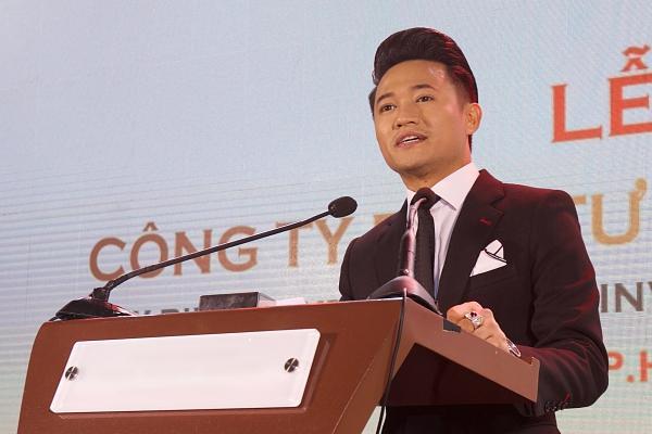 VZN News: Chân dung người tình đại gia bị đồn bỏ tiền cho Quý Bình mở công ty-1