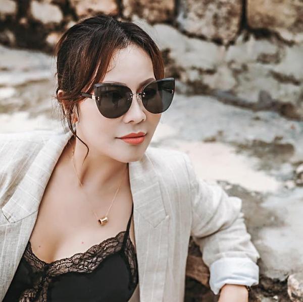 Người tình đại gia bị đồn bỏ tiền cho nam diễn viên Quý Bình mở công ty là ai?-10