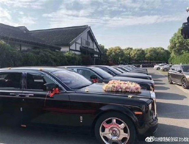 Hết cặp đôi ở Cao Bằng, dân mạng xôn xao trước đám cưới cô dâu 26 và chú rể 62 tuổi-2
