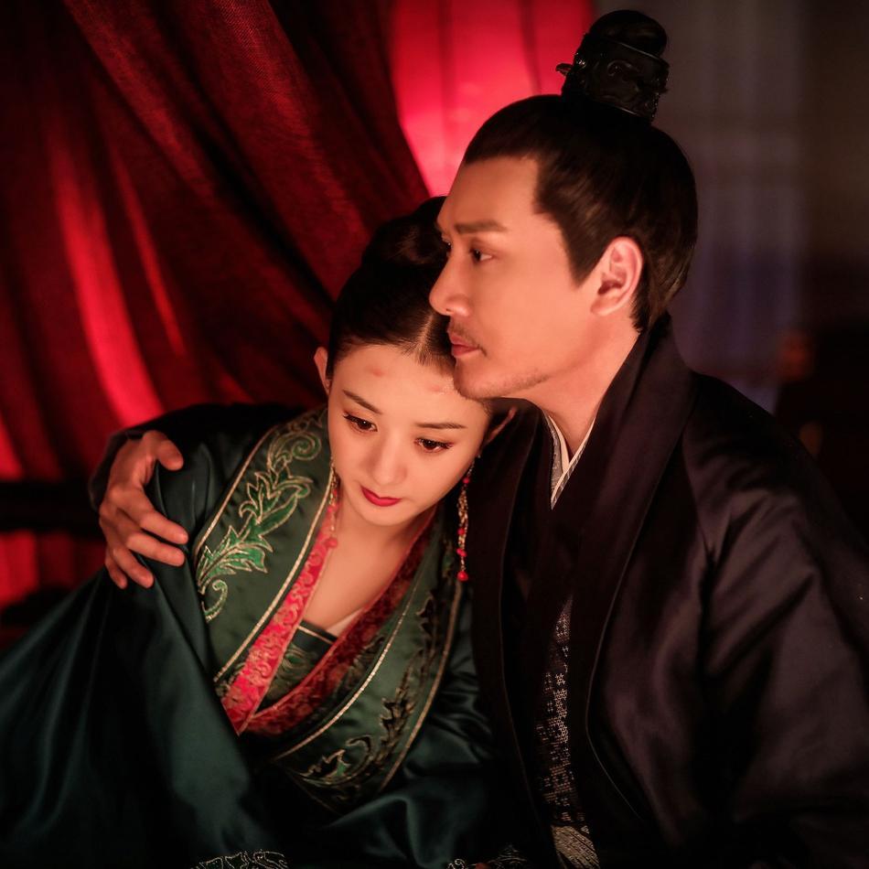 Vợ chồng Triệu Lệ Dĩnh - Phùng Thiệu Phong hẹn hò tình tứ giữa tin đồn ly hôn-4