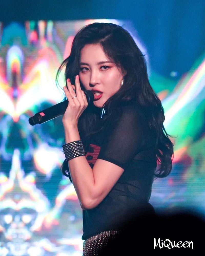 VZN News: Sunmi tiết lộ lí do vì sao tất cả gà cũ đều cạch mặt JYP sau khi rời khỏi công ty-6