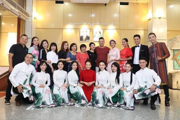 Thu Quỳnh, Bảo Thanh vui vẻ nói cười trước tin đồn không nhìn mặt nhau-13