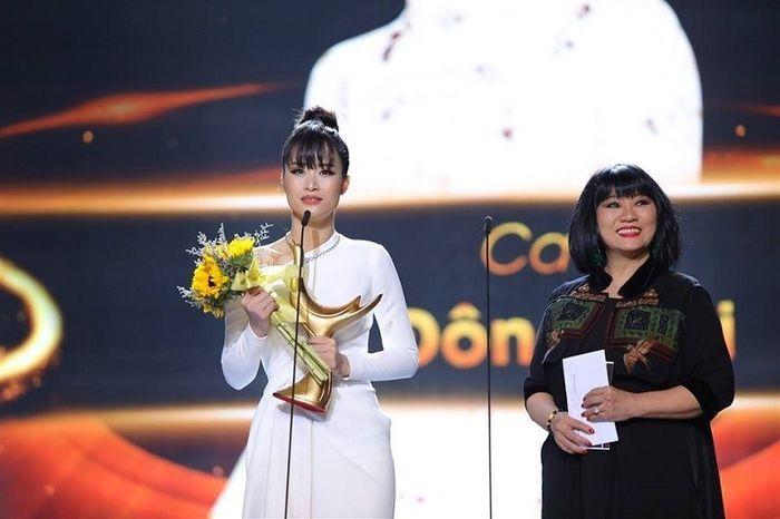 VZN News: Giải thưởng thế nào mới thỏa mãn được sao Việt?-6