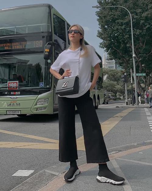 Đào Bá Lộc học hội chị em cách hack chân dài trông như cao m8 với chiếc quần jeans ống rộng-9