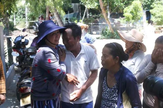 Ly kỳ chuyện cá heo chỉ đường cứu 41 ngư dân Quảng Nam thoát chết-2