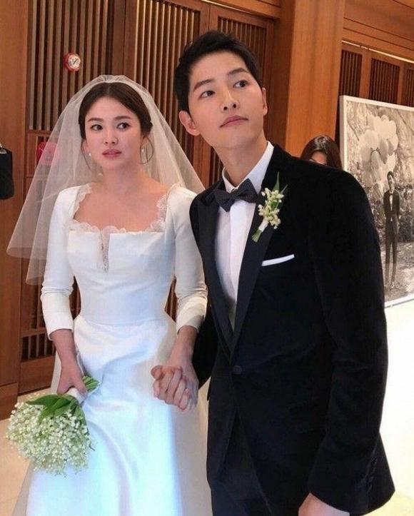 Tin được không, Song Joong Ki và Song Hye Kyo sẽ bị liệt vào diện kết hôn bất hợp pháp nếu cưới từ 14 năm trước vì một lý do-3
