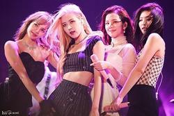 BTS, Black Pink thống trị BXH fancam được xem nhiều nhất