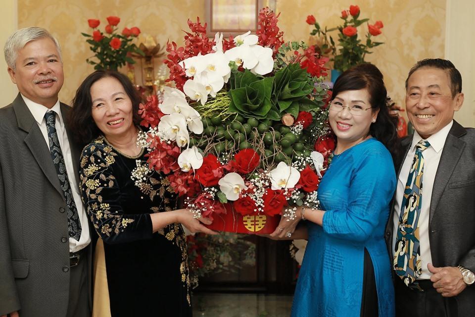 Hủy hôn con trai nghệ sĩ Hương Dung, nữ giảng viên làm lễ dạm ngõ với bạn trai hotboy-3