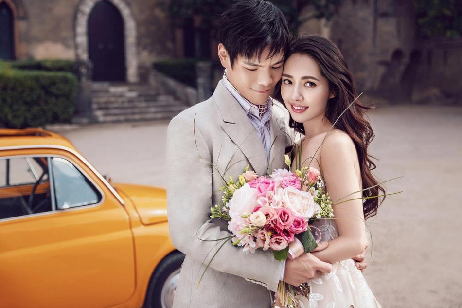 VZN News: Trọn bộ ảnh cưới ngọt ngào của con trai ông trùm Hướng Hoa Cường và mỹ nhân Tiểu thời đại-1