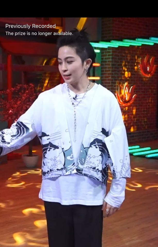 Sau nghi án chia tay Vĩnh Thụy, Hoàng Thùy Linh vướng nghi án hẹn hò đồng tính Gil Lê-11