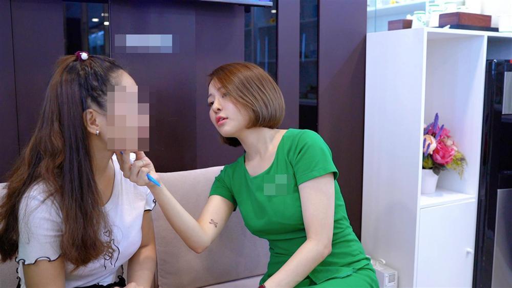 Đánh dấu sự trở lại bằng công việc MC yêu thích, hot girl Trâm Anh bất ngờ ẩn ý về những ngã rẽ đã qua-3
