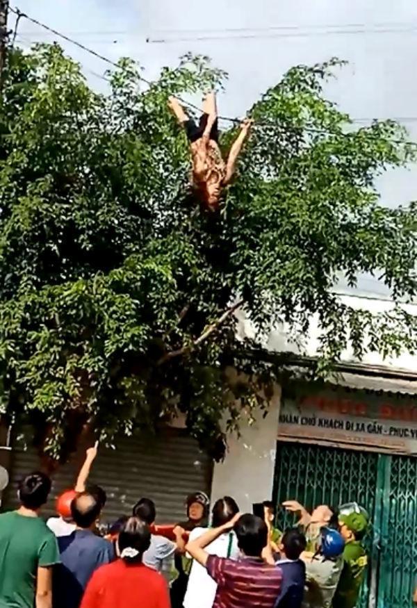 Clip: Hotgirl đánh đu, lộn nhào trên dây điện ở Đắk Lắk làm mọi người phía dưới thót tim-1