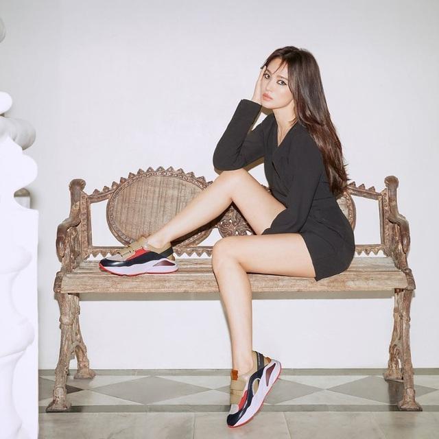Song Hye Kyo chứng minh: Phụ nữ đẹp nhất khi chẳng thuộc về ai-1