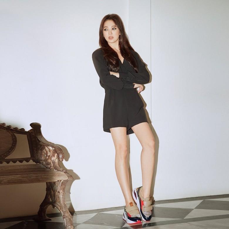 Song Hye Kyo chứng minh: Phụ nữ đẹp nhất khi chẳng thuộc về ai-5