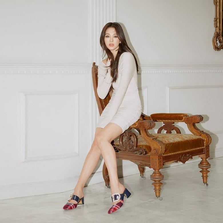 Song Hye Kyo chứng minh: Phụ nữ đẹp nhất khi chẳng thuộc về ai-9