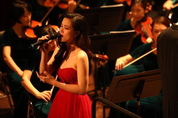 Xin anh đừng kết hợp nhạc giao hưởng quá hay, ai từng chê Đông Nhi live dở giờ sáng mắt chưa?-2