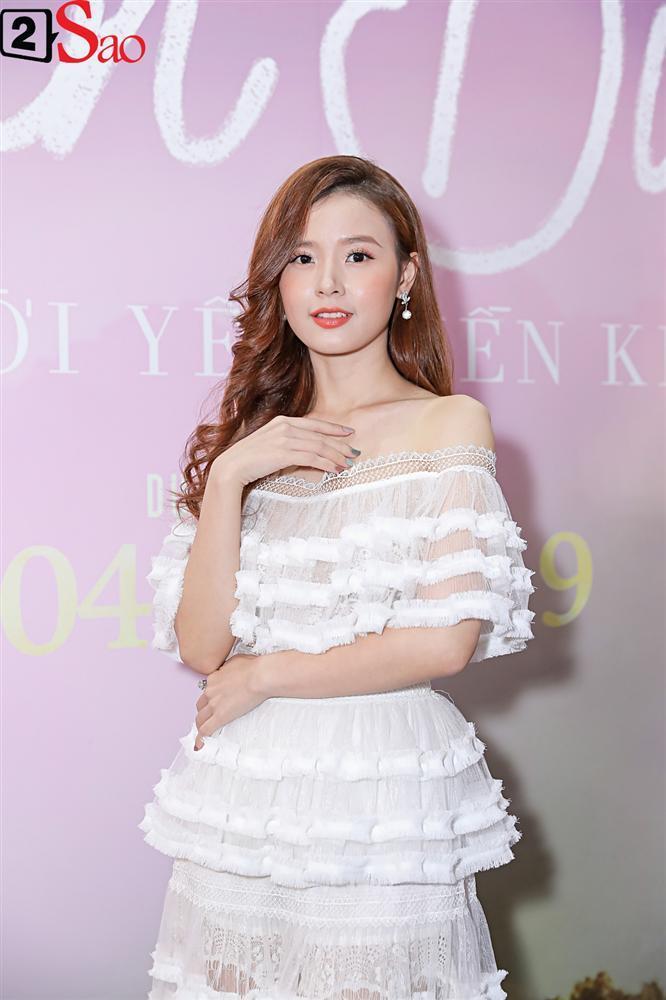 VZN News: Lần đầu đóng cặp cùng nhau, Midu và Trịnh Thăng Bình lại không hề có cảnh thân mật-9