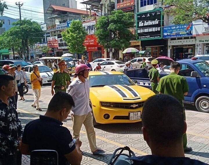 VZN News: Chủ nhân xế sang bị CSGT Quảng Ninh dùng súng AK đập cửa, bắt giữ là ai?-1