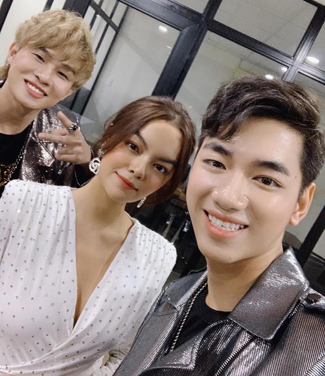 VZN News: Phạm Quỳnh Anh than thở khi bị Jack gọi là cô-2
