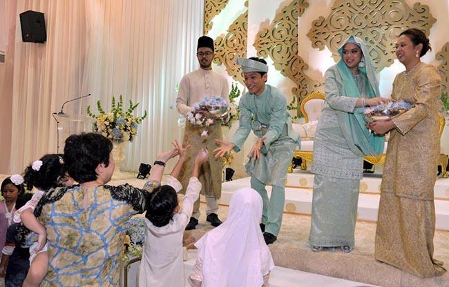 3 cô gái cùng tên cưới cùng ngày cùng địa điểm khiến quan khách phát hoảng-3