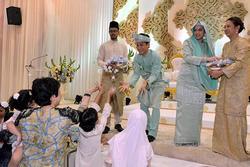3 cô gái cùng tên cưới cùng ngày cùng địa điểm khiến quan khách phát hoảng