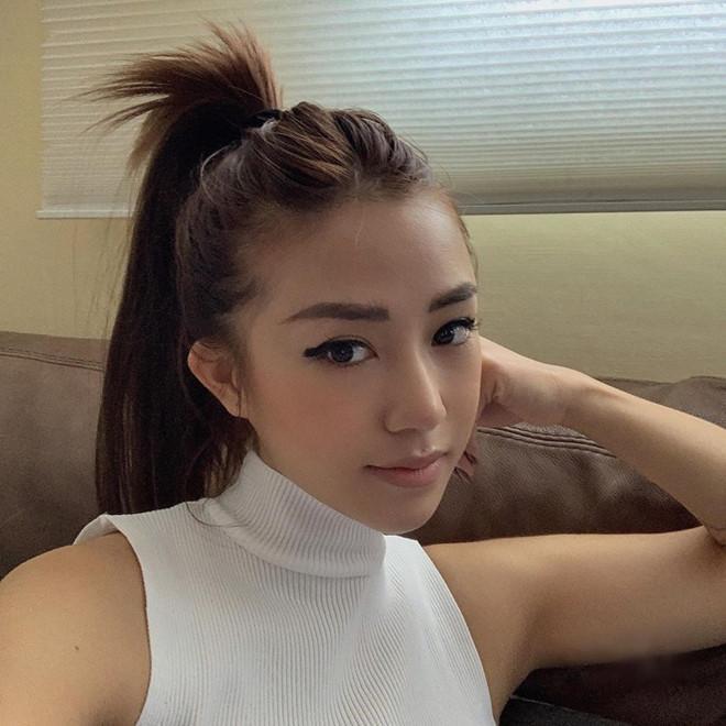 Chi Pu và dàn hotgirl Hà thành biến hóa từ bánh bèo sang sexy cá tính-6