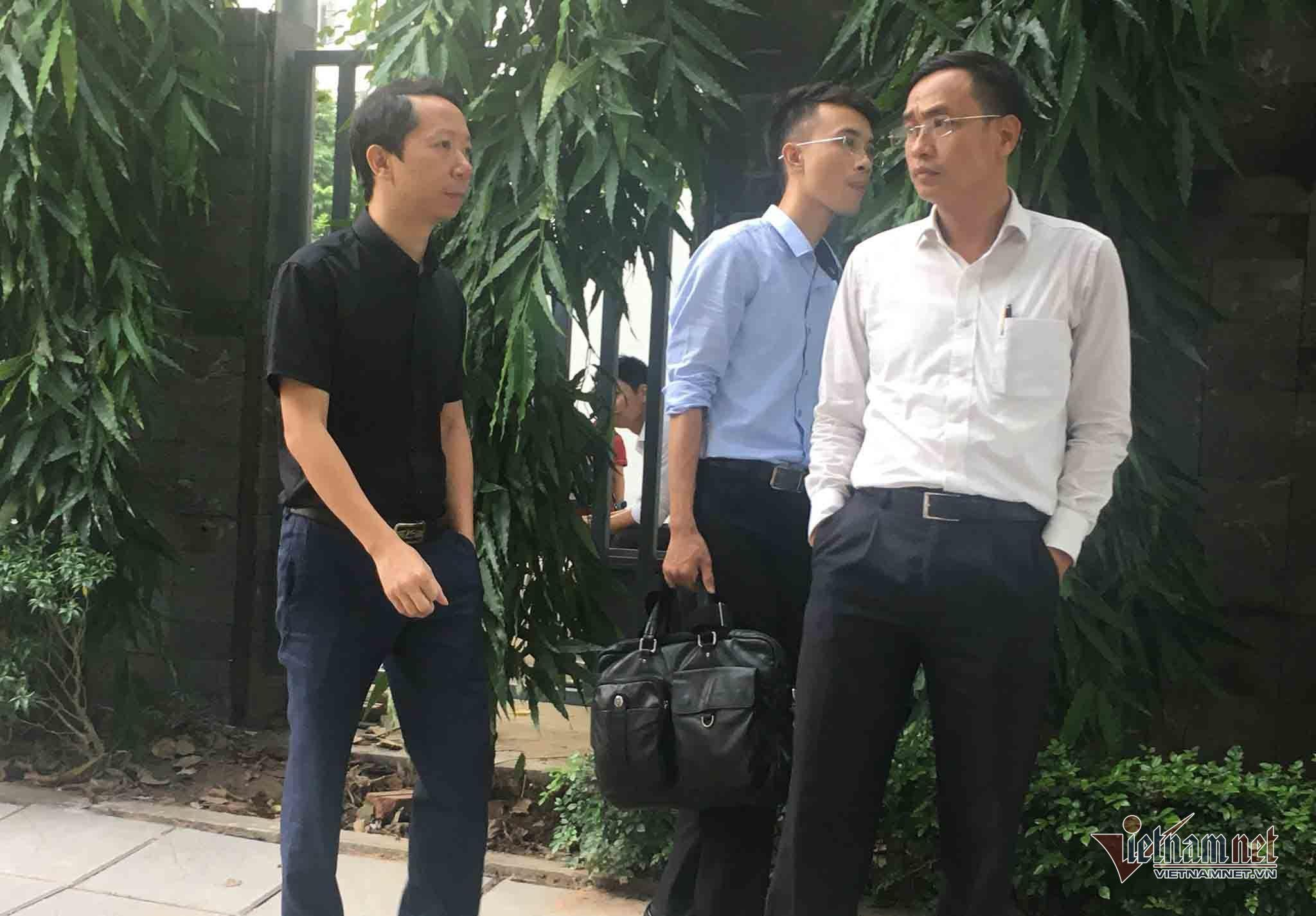 Vụ bé trai tử vong ở trường Gateway: Gia đình đề nghị bà Nguyễn Bích Quy có mặt ở buổi thực nghiệm chiều nay-1