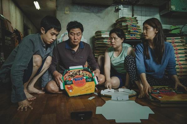 VZN News: 5 bộ phim điện ảnh phơi bày chân thực những mảng tối của xã hội Hàn Quốc-4