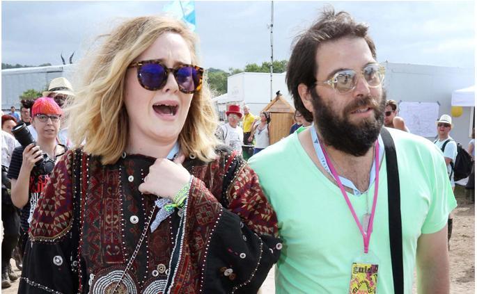 Adele đệ đơn ly hôn-1