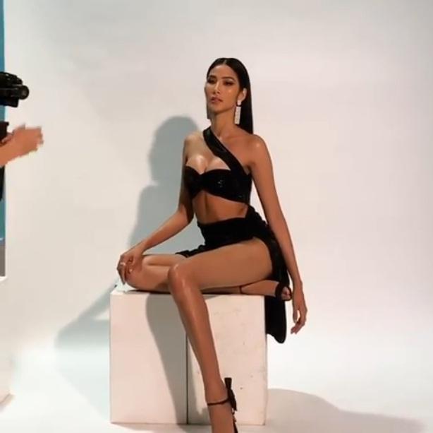 Bản tin Hoa hậu Hoàn vũ 13/9: Hoàng Thùy chặt dàn đối thủ bằng ngực khủng bị nghi nâng cấp-3