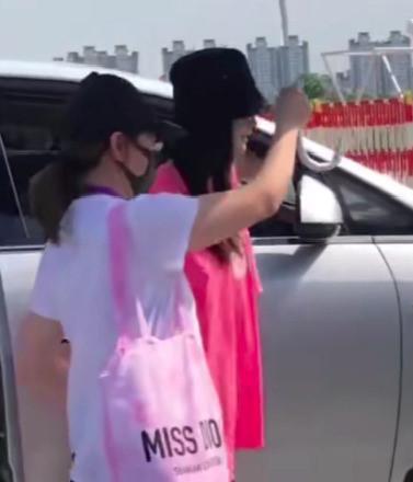 Angelababy và Huỳnh Hiểu Minh lạnh nhạt với nhau giữa ồn ào ly hôn-2
