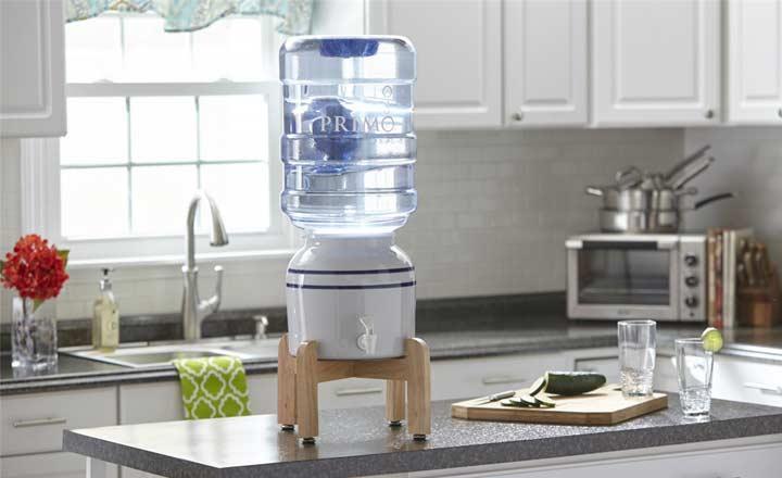 VZN News: Tùy tiện đặt bình nước uống ở vị trí này, Thần Tài xua tay, gia đình nghèo mạt vận-2