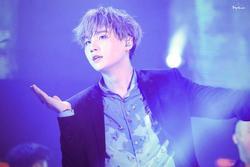 Trưởng nhóm BTS biểu diễn xuất thần trên sân khấu