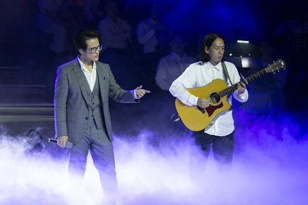 VZN News: Hà Anh Tuấn: Tại sao tôi phải xấu hổ khi bám vào chính quê hương mình-8