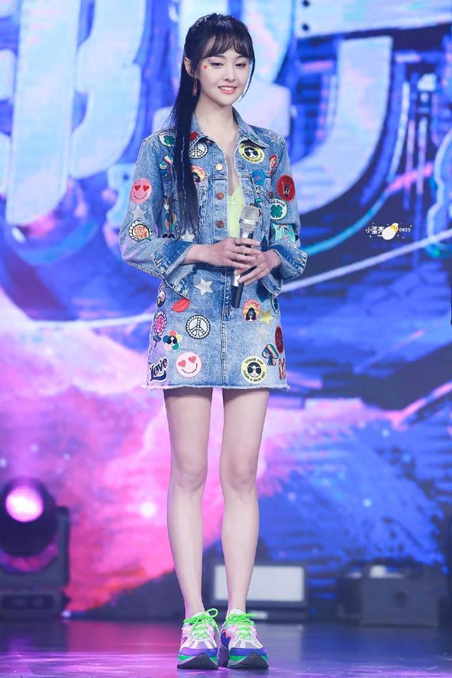 Angelababy và các mỹ nhân Hoa ngữ bị chê mặc xấu vì quá gầy-2