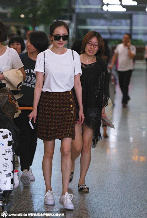Angelababy và các mỹ nhân Hoa ngữ bị chê mặc xấu vì quá gầy-3