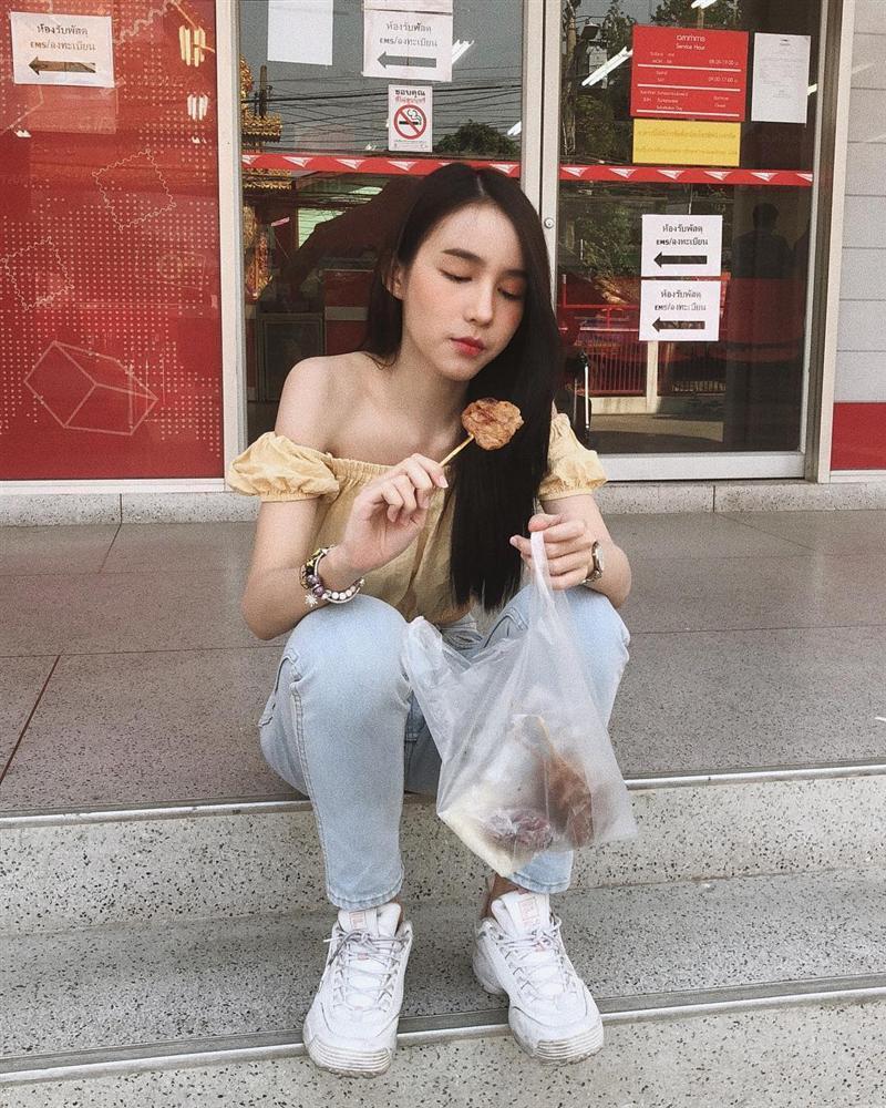 VZN News: Hương Giang - Yoshi Rinrada: Mặt xinh như hoa nhưng có chung khuyết điểm không thể phẫu thuật-14
