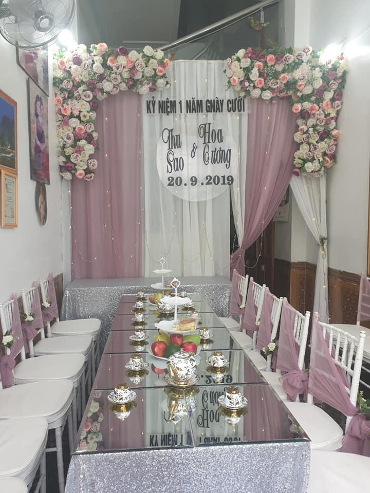 Kỉ niệm 1 năm lấy chồng trẻ, cô dâu 62 tuổi ở Cao Bằng chơi lớn chụp lại ảnh cưới, mở tiệc rình rang-5