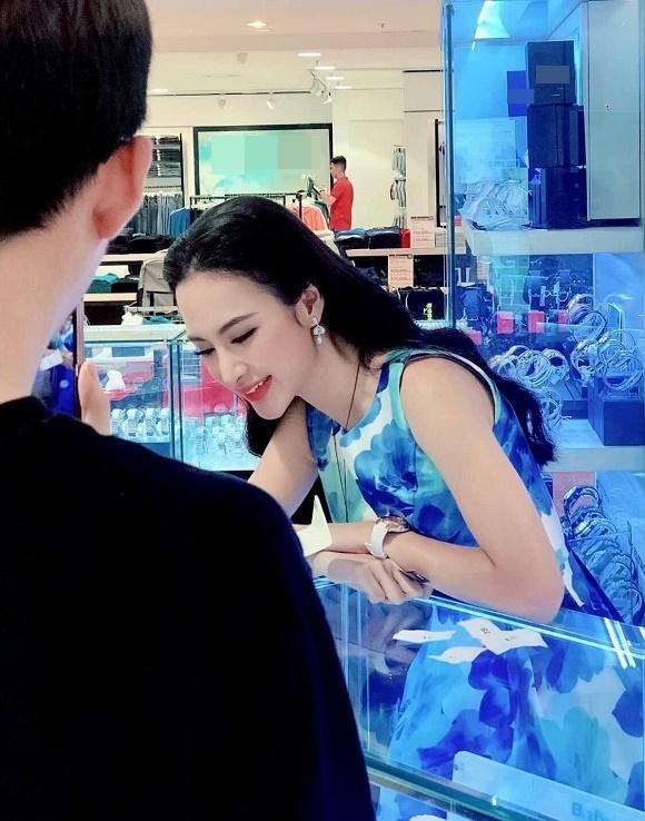 VZN News: Gặp Angela Phương Trinh ngoài đời, cư dân mạng phản ứng ra sao?-4