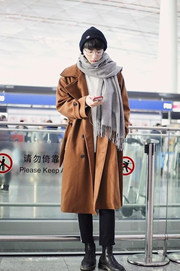 VZN News: Tiêu Chiến Trần Tình Lệnh khiến fan đổ rầm rầm vì style đẹp mê mẩn-3
