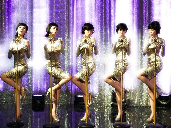 Những khoảnh khắc để đời của các nhóm nhạc Hallyu Gen 1 2 không phải fan KPop nào cũng biết-2