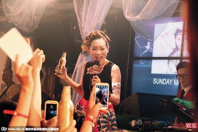 Những hoa hậu, á hậu Hong Kong mất tất cả vì đời tư phóng túng-2