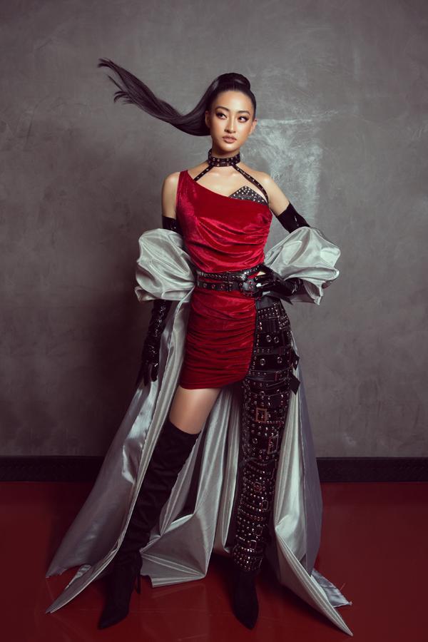 Sau đăng quang chưa lâu, hoa hậu Lương Thùy Linh đã nâng hạng kỹ năng catwalk lên đỉnh cao mới-4
