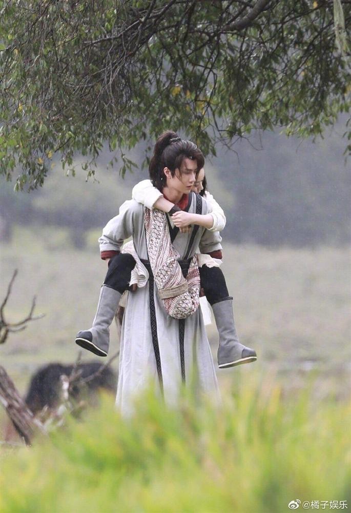Triệu Lệ Dĩnh lộ tạo hình cổ trang trong phim mới, fans cảm thán: Rất giống Sở Kiều truyện-4