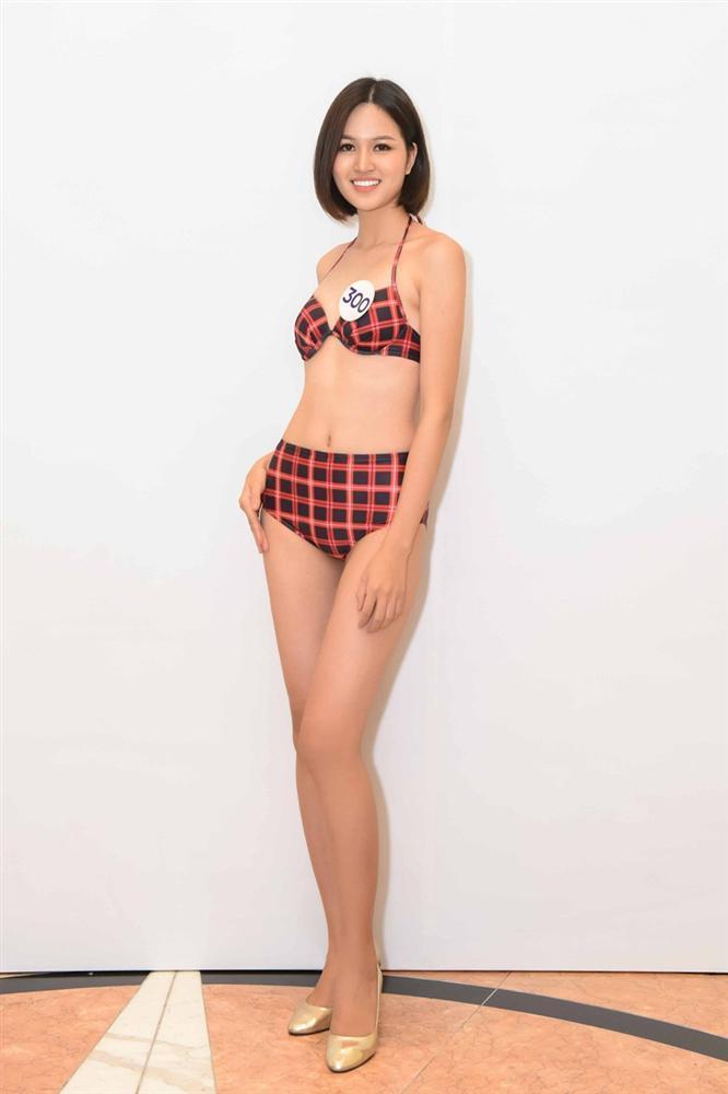 Tường Linh nổi bật với vòng eo 53 tại cuộc thi Hoa hậu Hoàn vũ Việt Nam 2019-9
